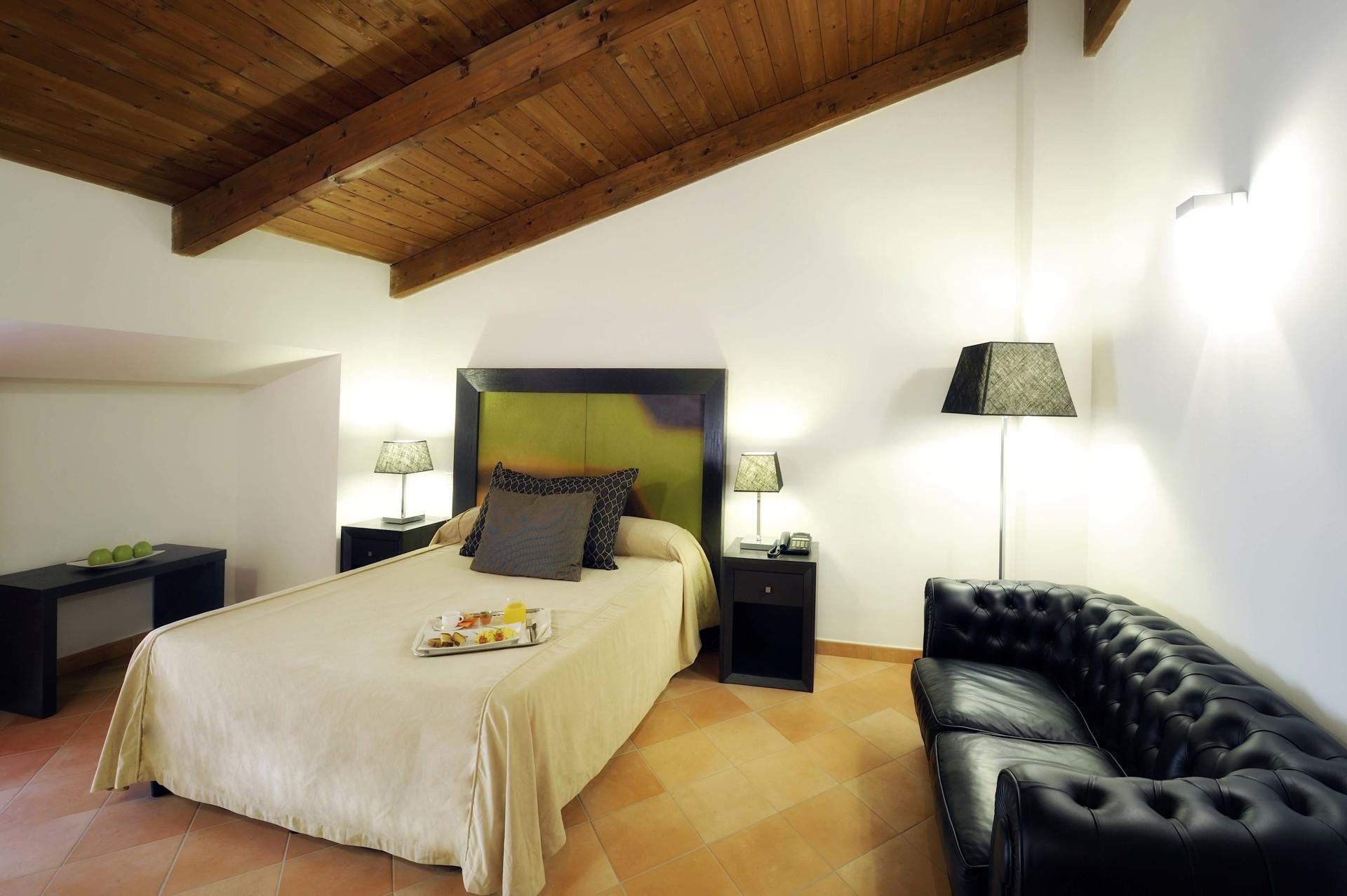 camera di lusso napoli,hotel napoli,hotel cercola,villa per matrimonio napoli,hotel di lusso napoli